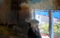 ''ציפייה – אישה, חלון, ונוף'' | צילום אמנותי | סמדר ברנע | השתקפויות | מק''ט IX-20-1002-2202