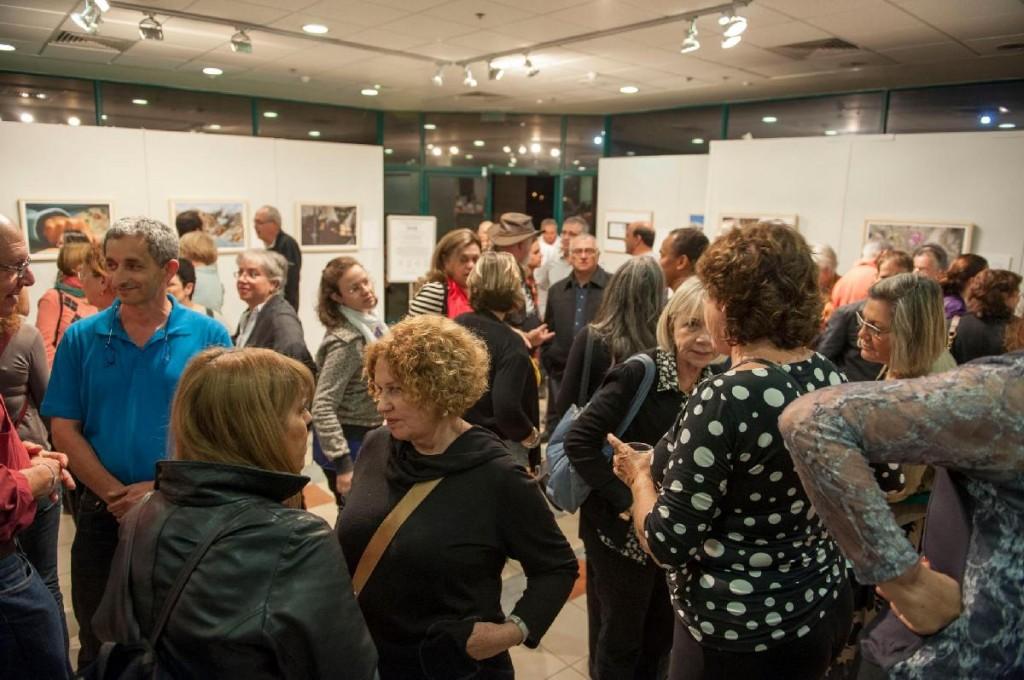 תערוכה בעקבות שירי אגי משעול - הקהל