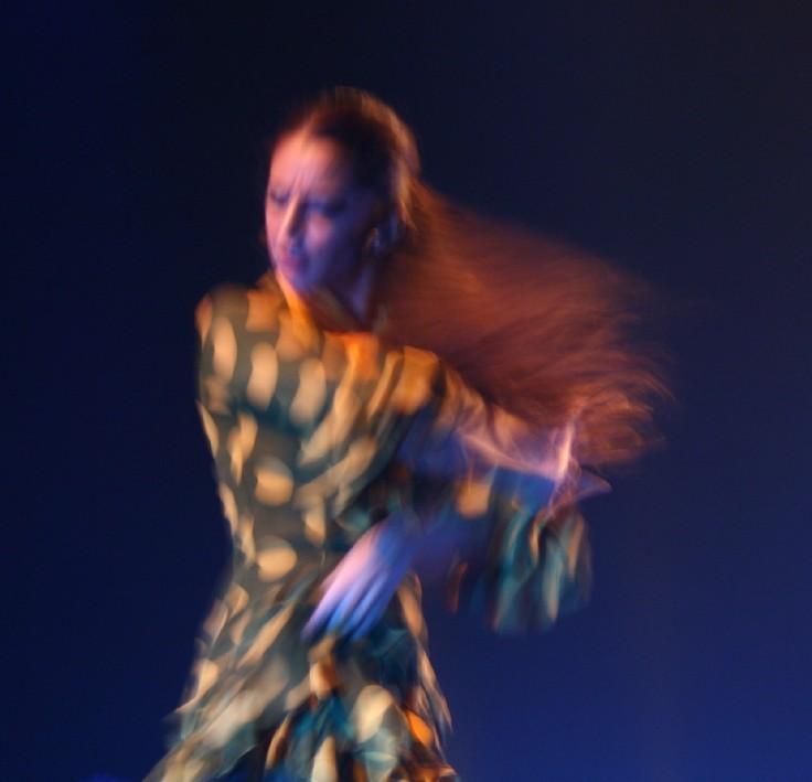 פלמנקו בכתום | מק''ט E20-0910-28-5200 צילום אמנותי מאת סמדר ברנע